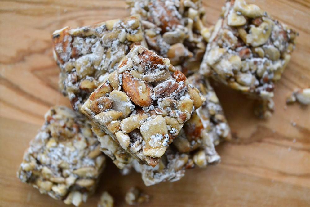 vanilla-almond-cashew-bars-2